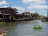 Jeden z bangkokských kanálů