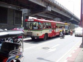 Neklimatizovaný autobus