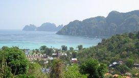 Ko Phi Phi Don - turistické resorty