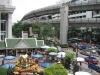 Svatyně Erawan v srdci moderního velkoměsta