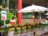 Stánek s thajskými pochoutkami