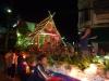 Loi Krathong - průvod v Mae Saring